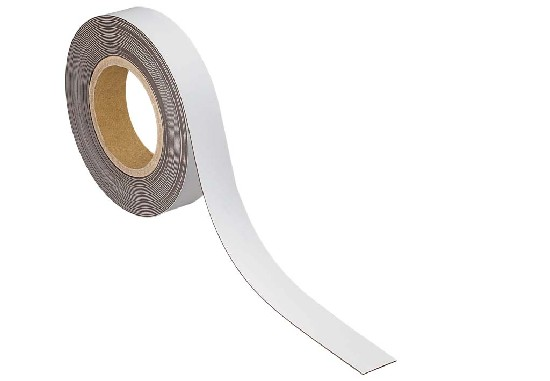 Magnetic labelling tape