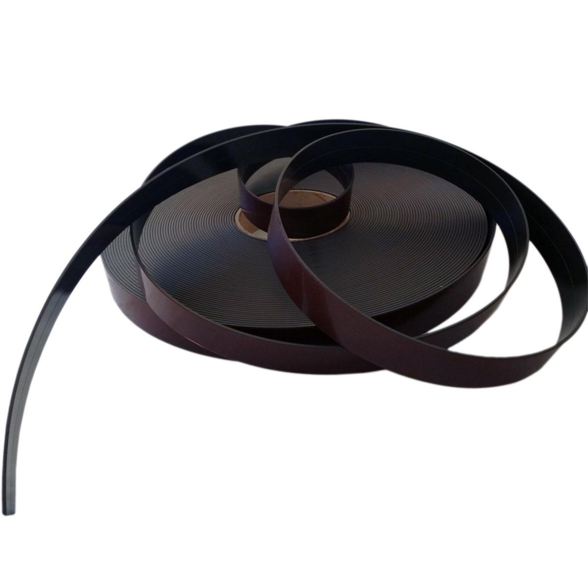 Self-adhesive magnetic tape with Premium glue