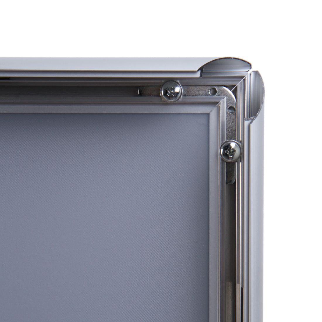 Snap frame with sharp corners